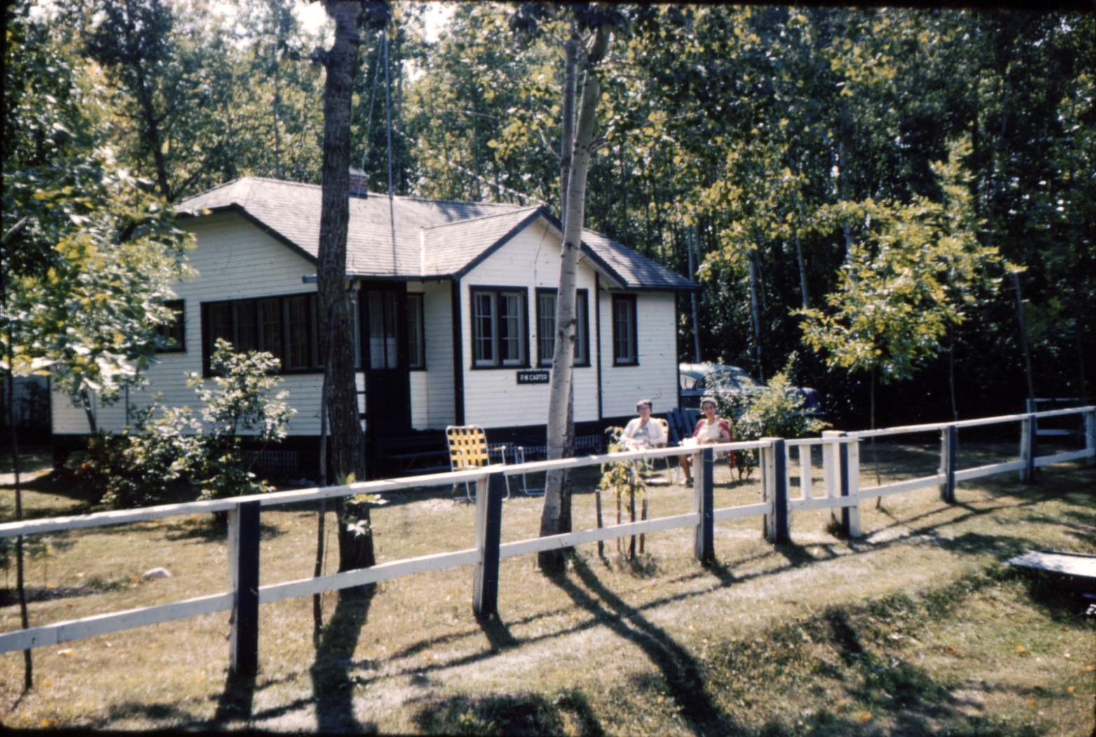 19610042 cottage