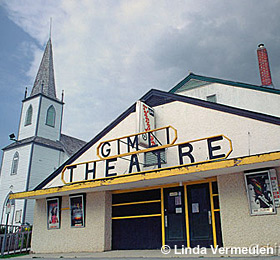 Gimli Theatre - photo credit Linda Vermeulen